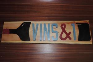 Photo <?=stripslashes(LE VINS & 1);?>